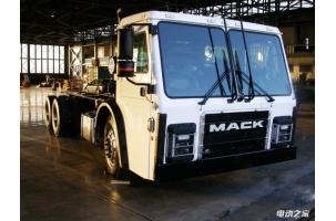 他和马斯克一起创立特斯拉 又开创了涡轮发电式电动垃圾卡车