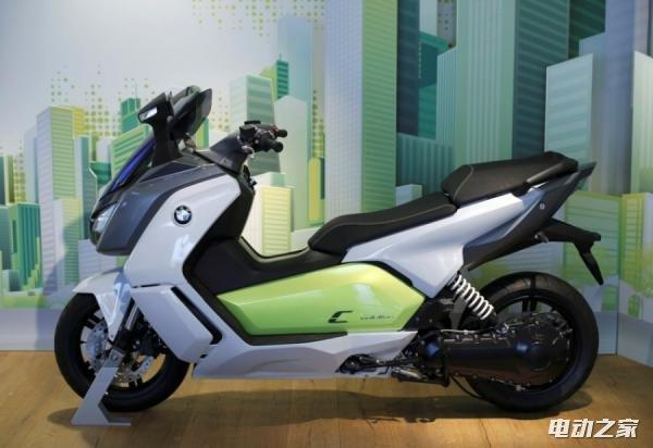 宝马推电动摩托车 时速120公里每小时 续航近100公里