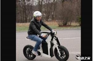雷军晒年轻人的第一辆电动摩托车!小米扩展新产品线?