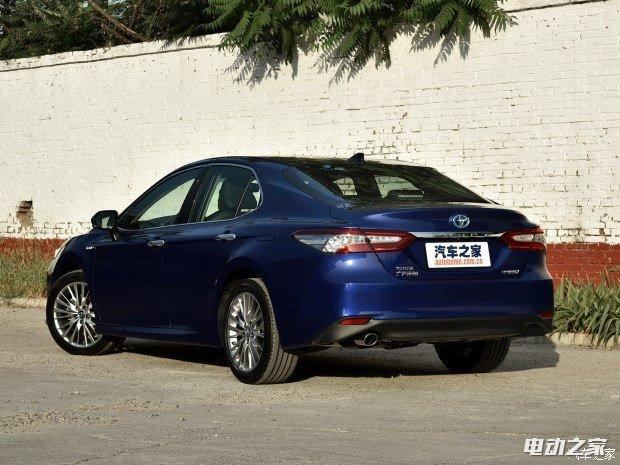 广汽丰田 凯美瑞 2018款 2.5L 混动版 基本型